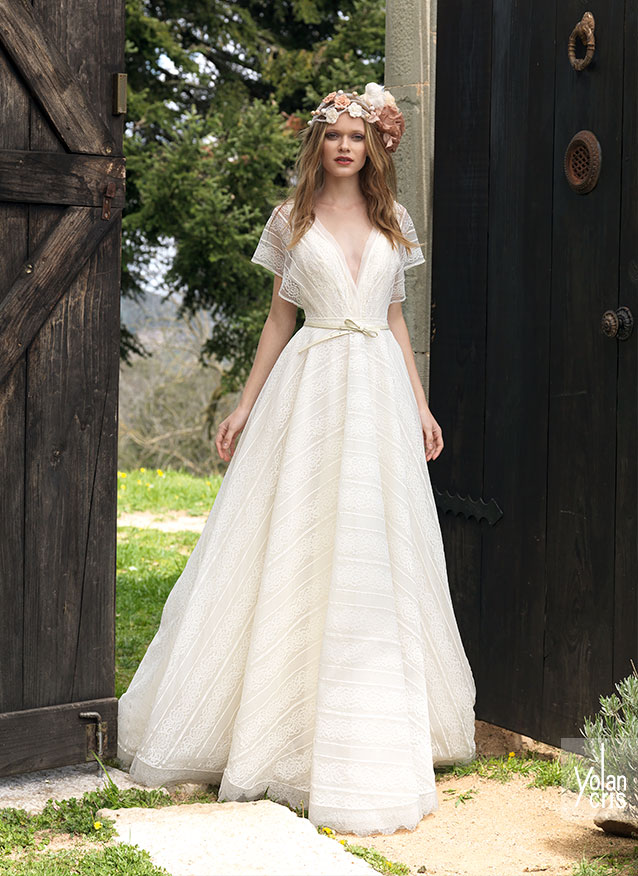 Joan Wedding Dress By Yolancris