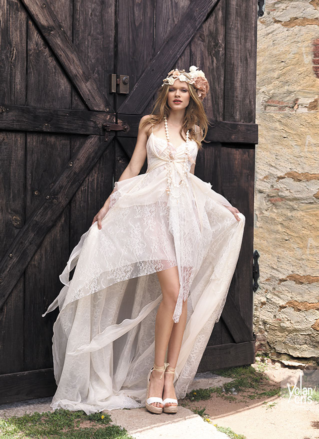 bohemian wedding dress designers top 20 bohemian wedding dress designers one boho 2000